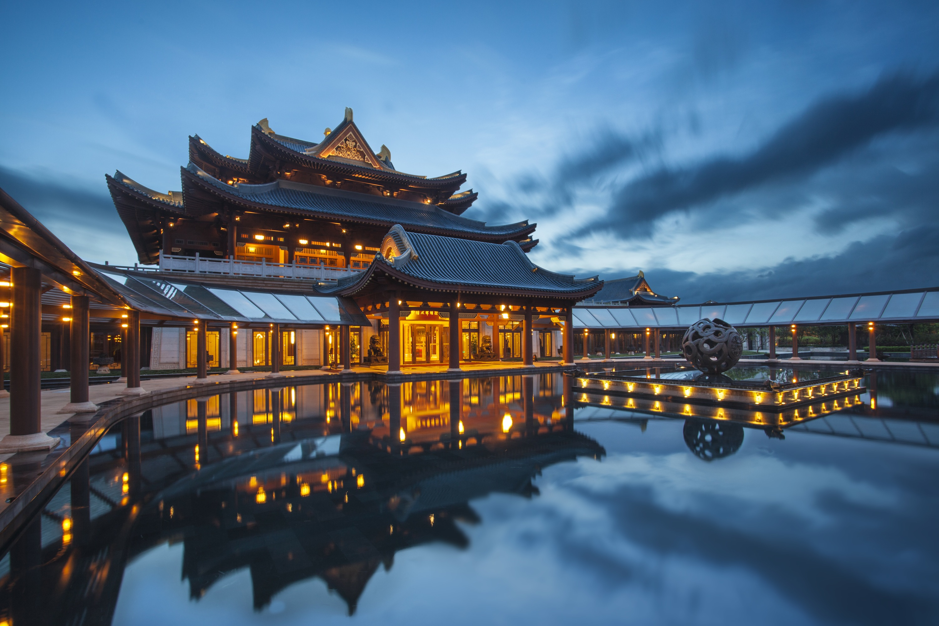 Luxury Imperial Springs Resort In China Is Bigger Than