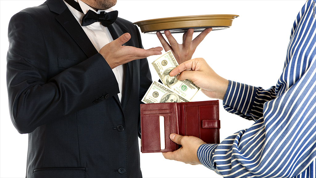 Infographic: The Ultimate Guide to Hotel Tipping Etiquette